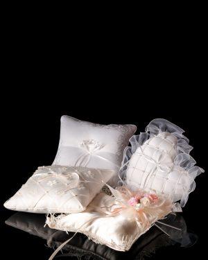 Възглавнички за сватбени халки