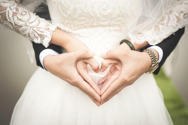 Ето колко дълга трябва да бъде връзката ви, преди да се ожените