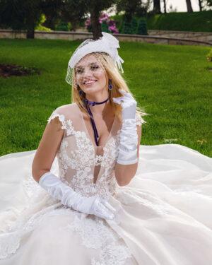 Сватбена рокля Семи Hadassa