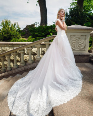 Булчинска рокля Деви Hadassa