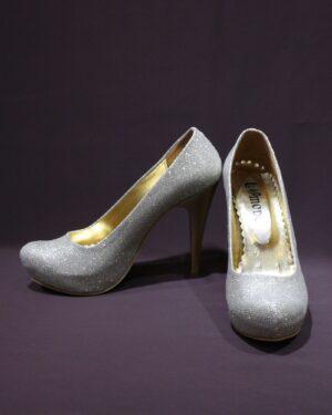 Официални дамски обувки затворени