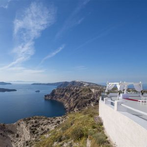 сватба на тераса с изглед към морето
