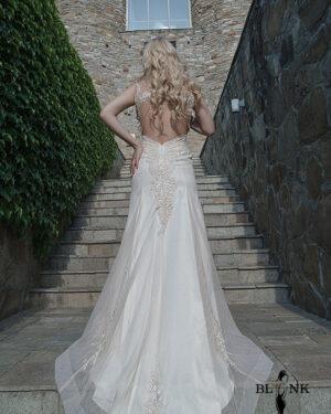 Сватбена рокля CLEISOSTOMA BLINK by Radi Lazarova