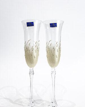Кристални чаши със златна декорация