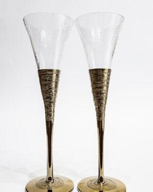 Стъклени сватбени чаши със златна орнаментика