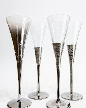 Стъклени сватбени чаши със сребърна орнаментика