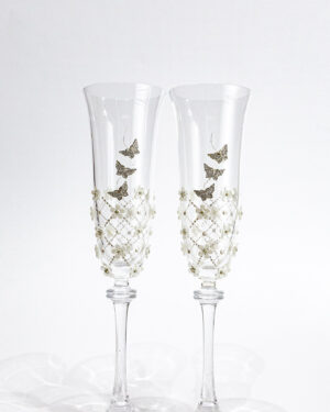 Кристални сватбени чаши с пеперуди