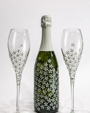 Стъклени сватбени чаши декор