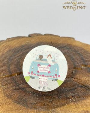 Дървено магнитче с илюстрация