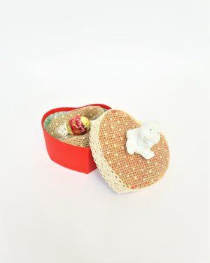 Кутия за кръщене с декорация