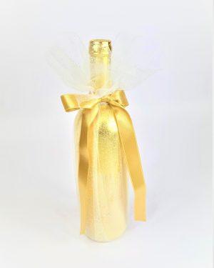 Сватбени бутилки с тюл